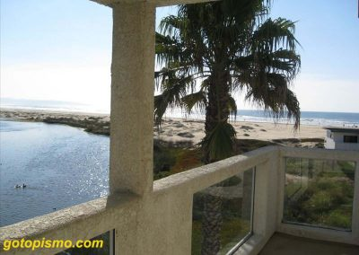 152 Addie Pismo Beach balcony capt